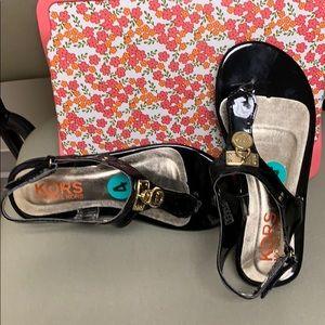 Girl's Michael Kors Black Reece Sandals Size 4 New